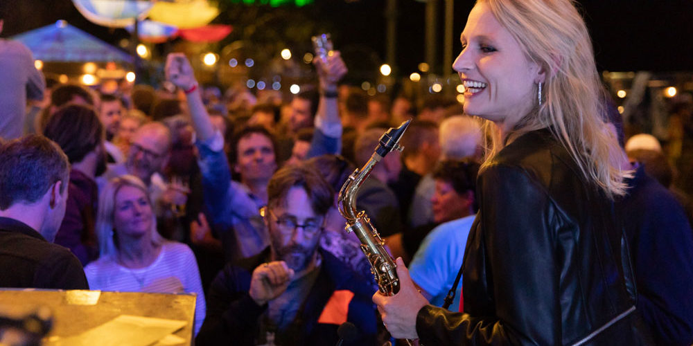 Saxofoniste Kirsten & DJ